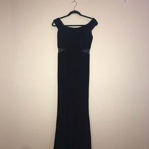 Brand new party dress. Black velvet. Size 6.